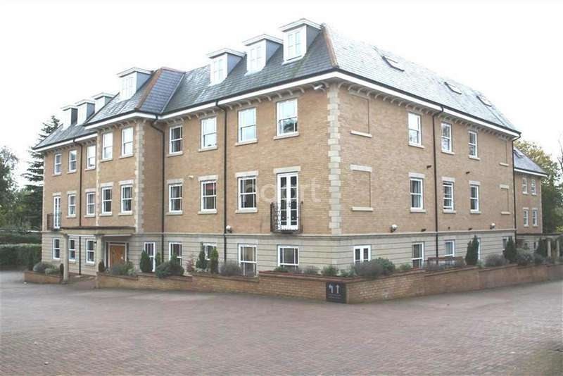 2 Bedrooms Flat for rent in Jubilee Mansions