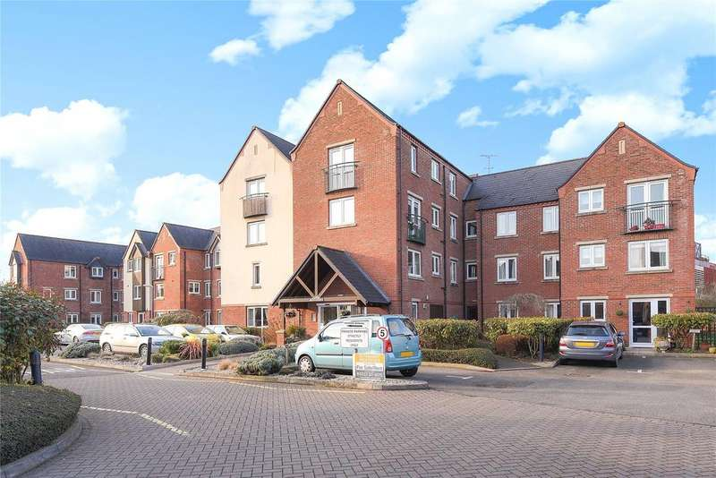 2 Bedrooms Flat for sale in Moores Court, Sleaford, NG34