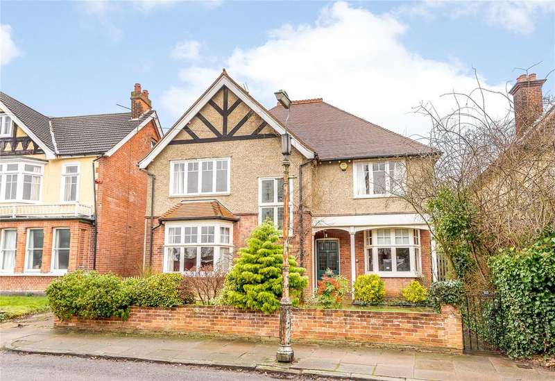 6 Bedrooms Detached House for sale in Blenheim Road, St. Albans, Hertfordshire