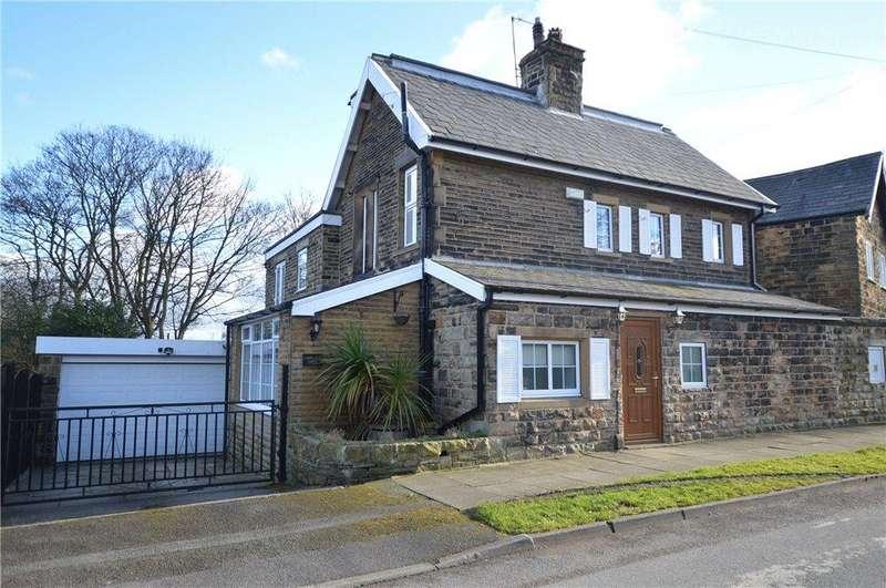 3 Bedrooms Detached House for sale in Sunny Bank Road, Upper Batley