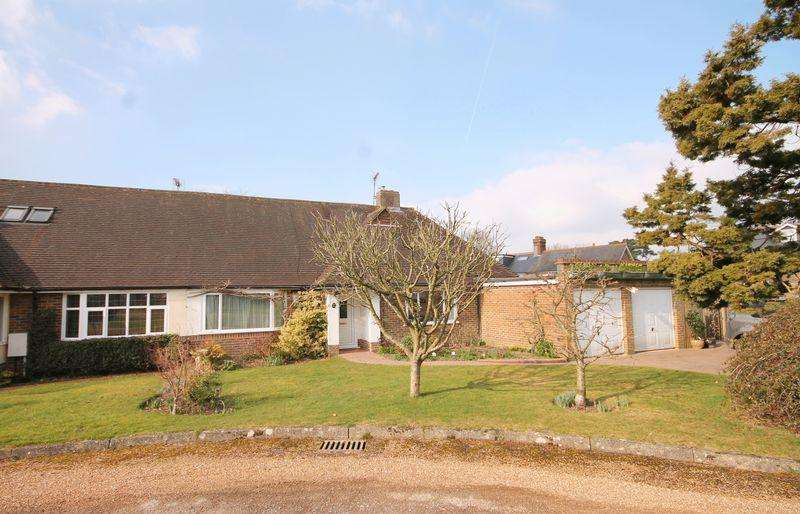 4 Bedrooms Bungalow for sale in Rixons Orchard, Horsted Keynes