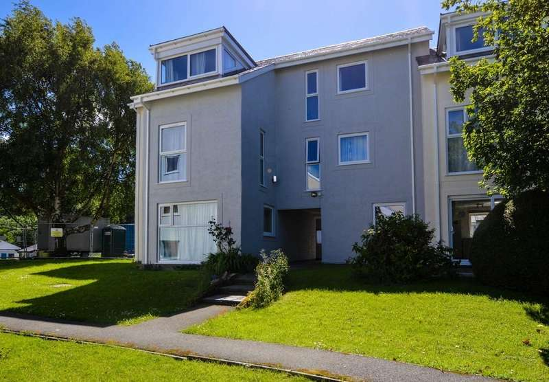 3 Bedrooms Apartment Flat for rent in Y Felinheli, Gwynedd, North Wales