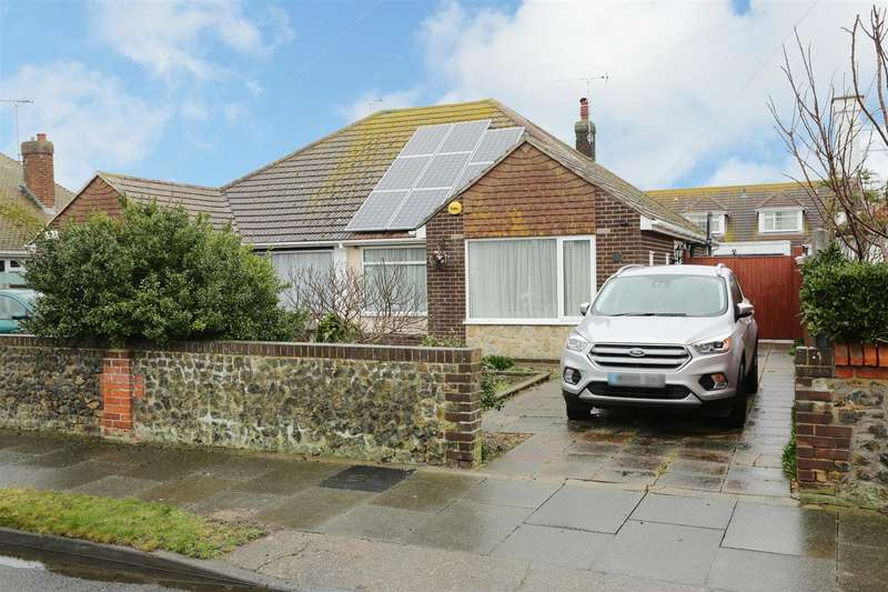 2 Bedrooms Semi Detached Bungalow for sale in Reculver Avenue, Birchington