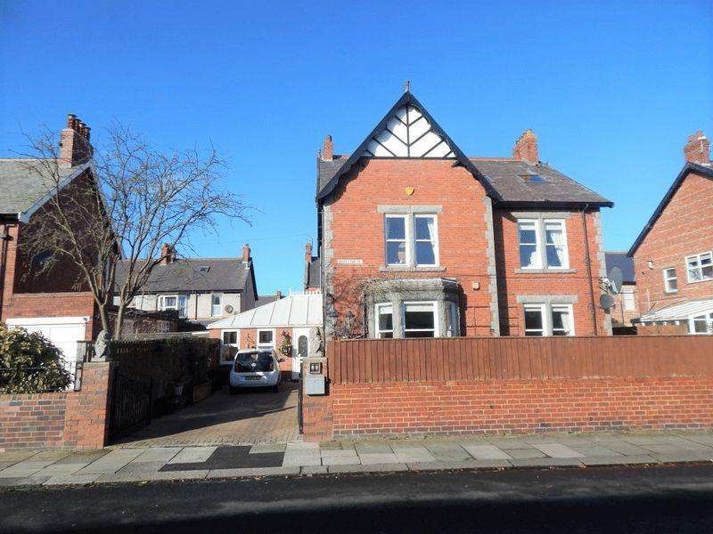 3 Bedrooms Detached House for sale in Middleton Street, Blyth