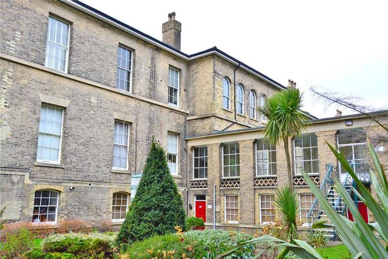 3 Bedrooms Flat for sale in Panbro House, Royal Herbert Pavilions, Shooters Hill, London, SE18