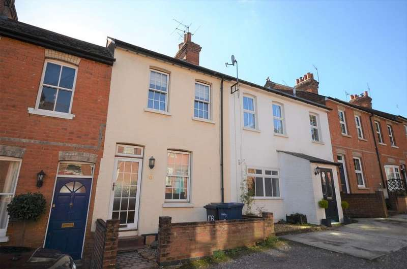 2 Bedrooms Terraced House for sale in Hillside Lane, Farnham