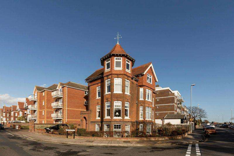 4 Bedrooms Apartment Flat for sale in Festing Road, Southsea