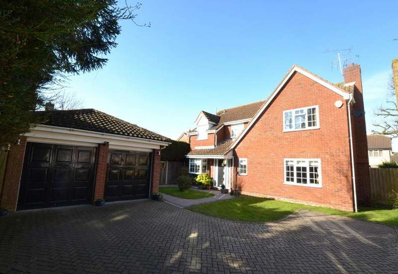 4 Bedrooms Detached House for sale in Walsingham Way, Billericay, Essex, CM12