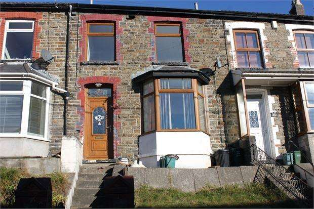 3 Bedrooms Terraced House for rent in Rhys Street, Trealaw, Tonypandy, RCT. CF40 2PX
