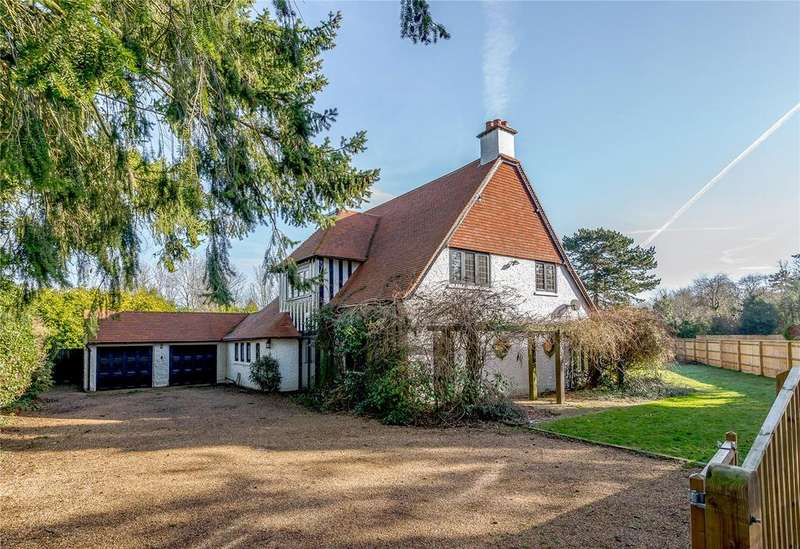 6 Bedrooms Detached House for sale in Layters Way, Gerrards Cross, Buckinghamshire
