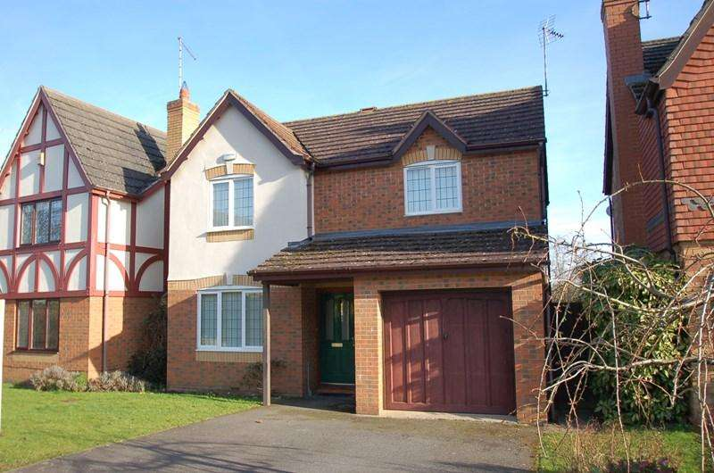 3 Bedrooms Detached House for sale in Oundle, PE8
