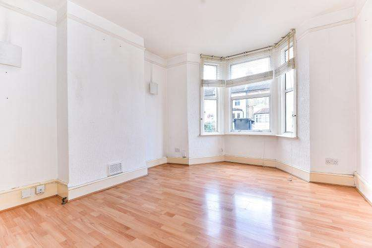 3 Bedrooms House for rent in Wordsworth Road London SE20