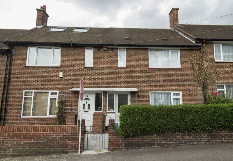 2 Bedrooms Terraced House for sale in Vestris Road, London, London, SE23