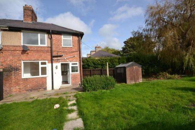 3 Bedrooms Semi Detached House for sale in Glan Alun , Mold, CH7