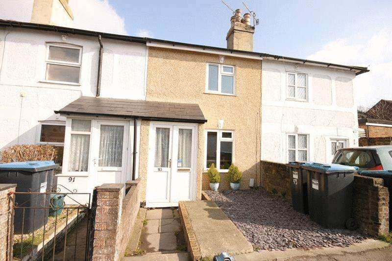 2 Bedrooms Terraced House for sale in Godstone Road, Whyteleafe