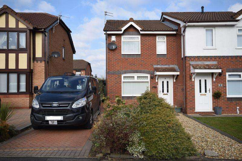 2 Bedrooms Semi Detached House for sale in Arkenstone Close, Widnes
