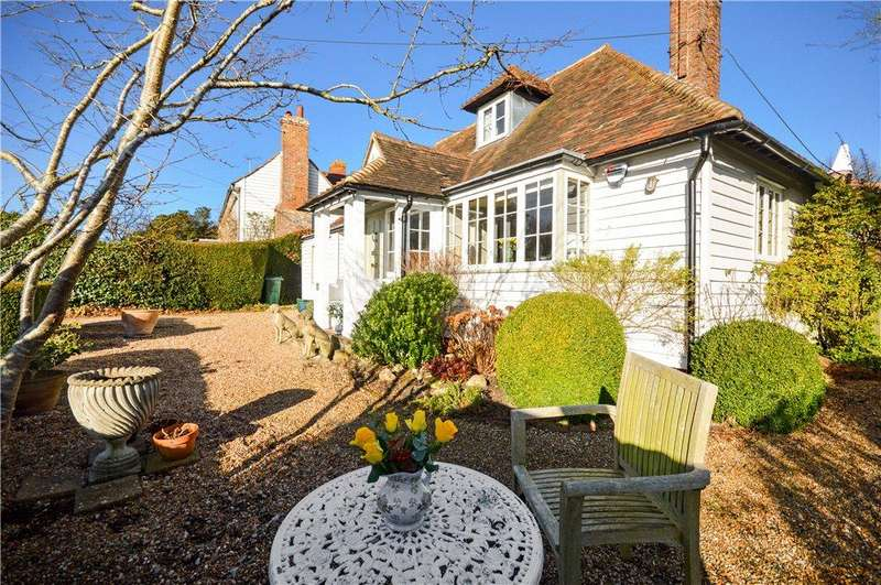 4 Bedrooms House for sale in The Green, Woodchurch, Ashford, Kent