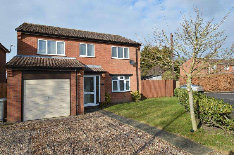 4 Bedrooms Detached House for sale in 33 St Leonards Avenue, Woodhall Spa