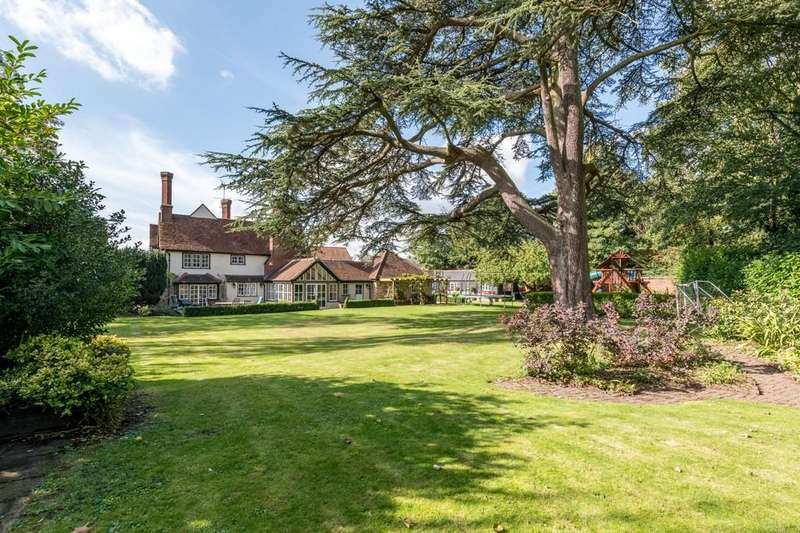 5 Bedrooms Manor House Character Property for sale in Ongar