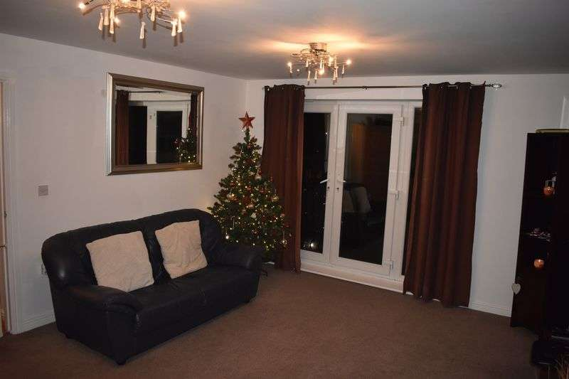 2 Bedrooms Property for sale in Wyncliffe Gardens, Cardiff