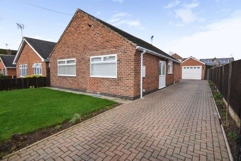 3 Bedrooms Property for sale in Charles Avenue, Sandiacre, Nottingham