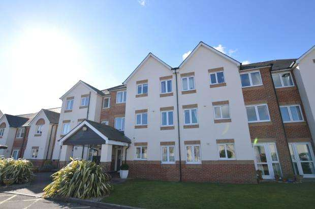 1 Bedroom Flat for sale in D'arcy Court, Marsh Road, Newton Abbot, Devon