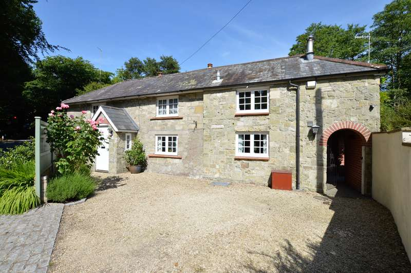 3 Bedrooms Property for sale in MELBURY ABBAS
