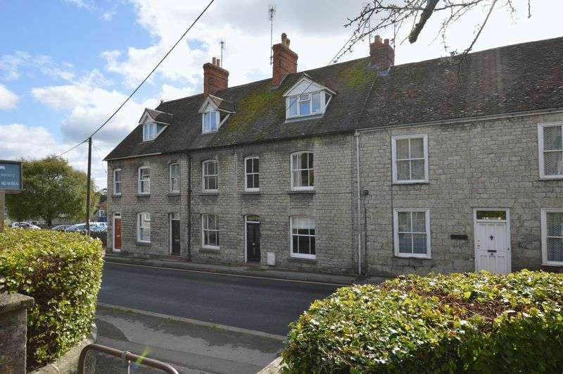 4 Bedrooms Property for sale in Castle Street, Mere