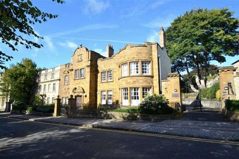 2 Bedrooms Property for sale in Brackley Lodge Mews, Brackley