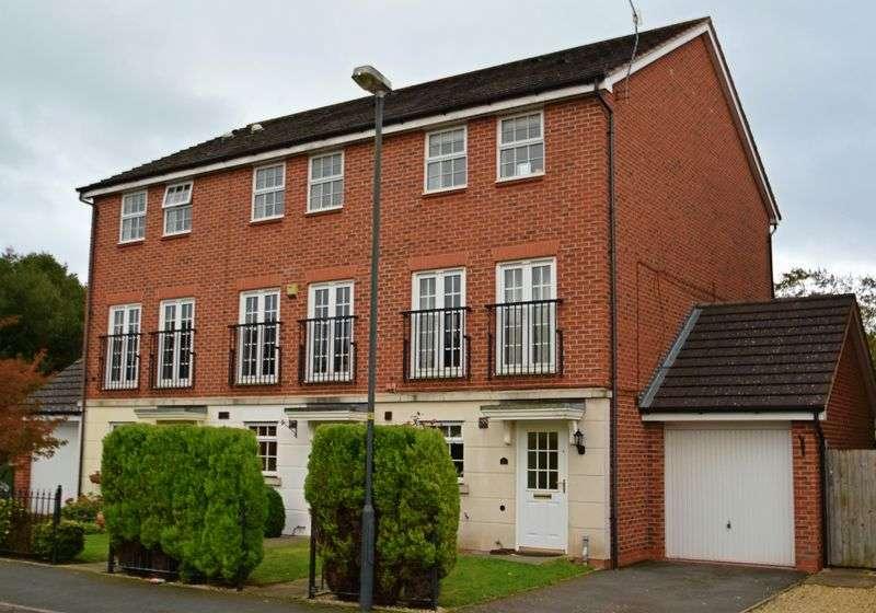 3 Bedrooms Property for sale in Astley Road, Bromsgrove