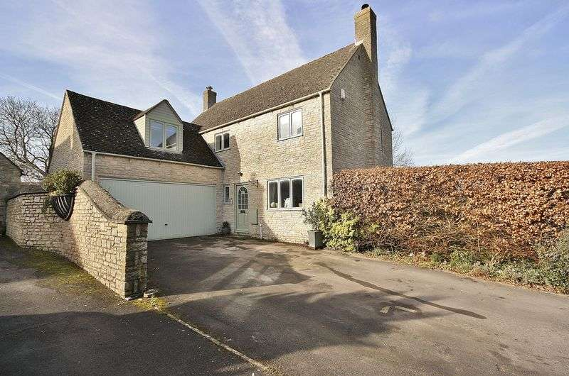 4 Bedrooms Property for sale in Kingston Heights, North Leigh