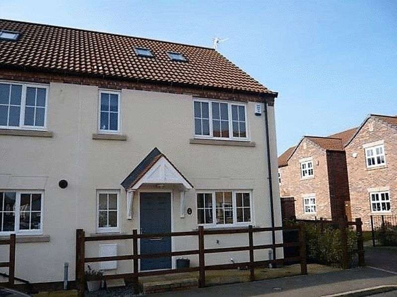 3 Bedrooms Property for sale in Ravens View, Witham St Hughs, Lincoln