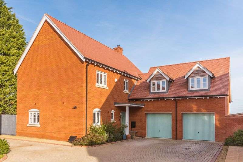 4 Bedrooms Property for sale in Dandridge Close, East Hanney, Wantage