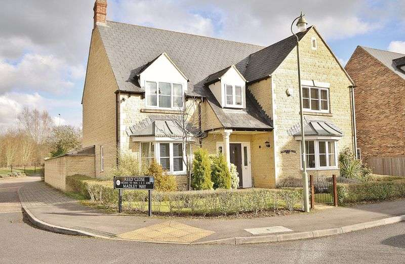 5 Bedrooms Property for sale in Cherry Tree Way, Witney