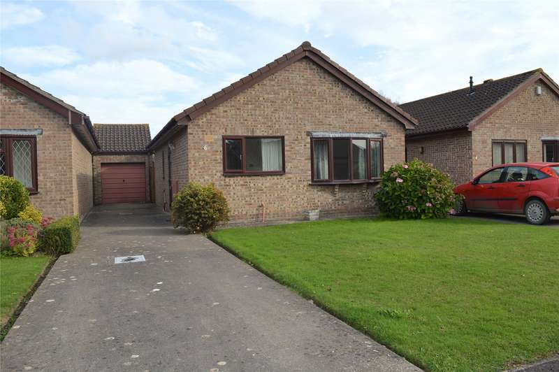 2 Bedrooms Detached Bungalow for sale in Conway Crescent, Burnham-on-Sea, Somerset, TA8