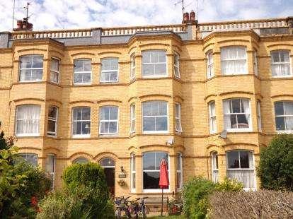 6 Bedrooms Terraced House for sale in Cardiff Road, Pwllheli, Gwynedd, LL53