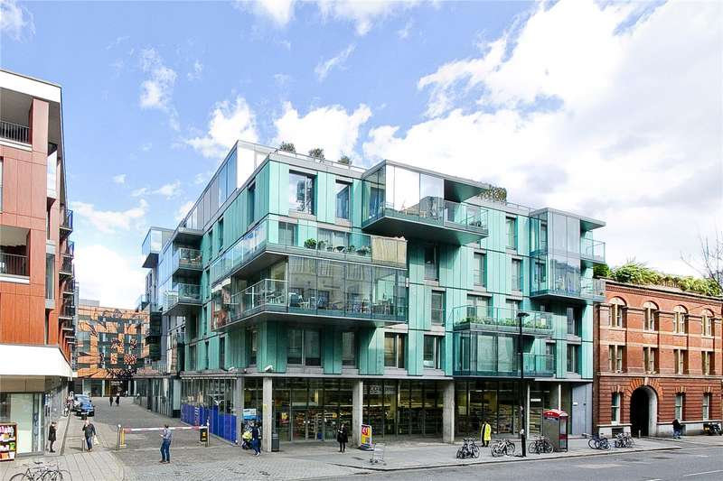 House for sale in Brewhouse Yard, Clerkenwell, EC1V