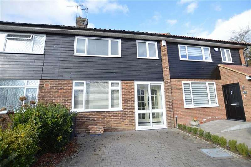 3 Bedrooms Terraced House for sale in Harrison Drive, North Weald