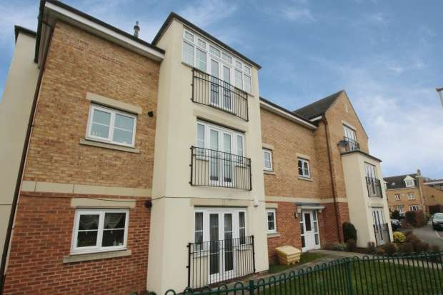 2 Bedrooms Apartment Flat for sale in Radulf Gardens, Liversedge, West Yorkshire, WF15 6AT