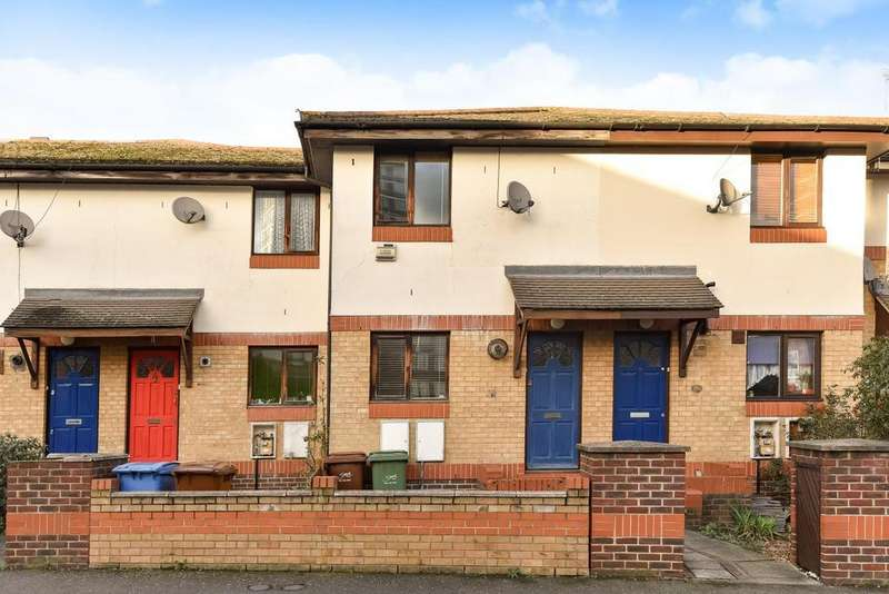 2 Bedrooms Terraced House for sale in Oxley Close, Bermondsey
