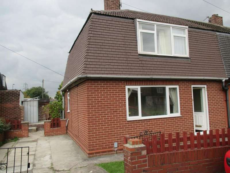 3 Bedrooms Semi Detached House for rent in St Austell Drive, Barugh Green
