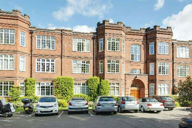 3 Bedrooms Flat for sale in Southwood Hall, Muswell Hill Road, Highgate, N6