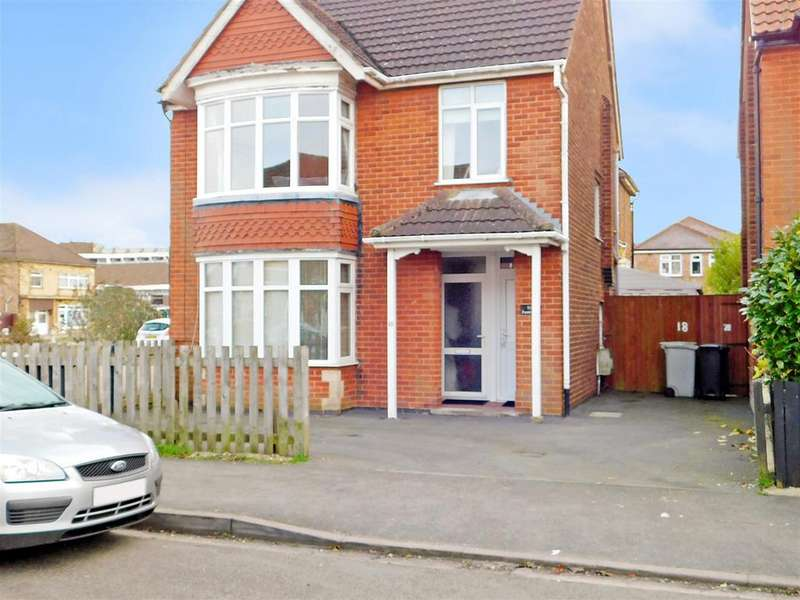 1 Bedroom Ground Flat for sale in Dorothy Avenue, Skegness, PE25 2BP