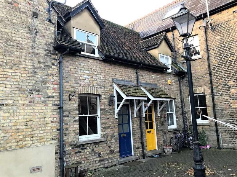 2 Bedrooms Terraced House for sale in Leaside Walk, Ware