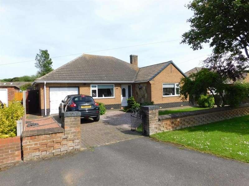 3 Bedrooms Detached Bungalow for sale in Ancaster Avenue, Chapel St Leonards, PE24 5SL