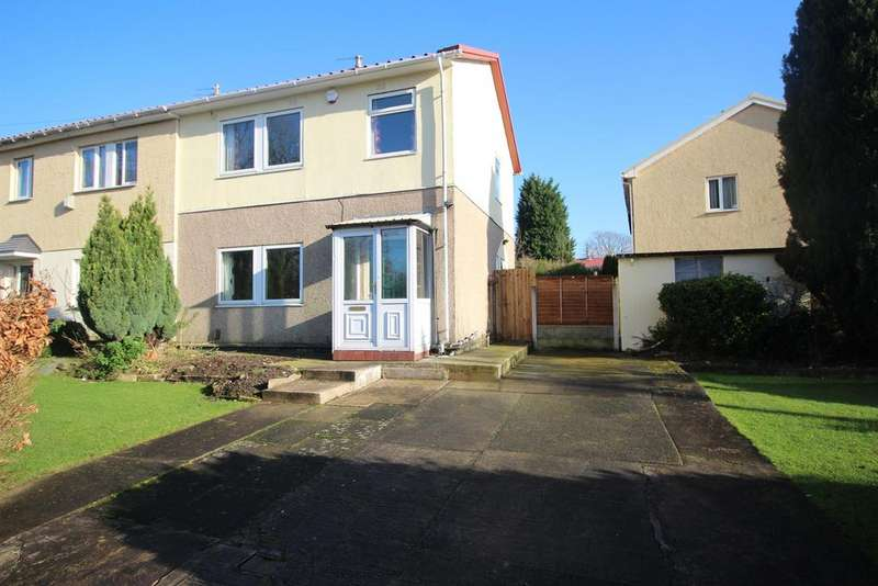 3 Bedrooms Semi Detached House for sale in Fouracres Road, Manchester, M23 1ES