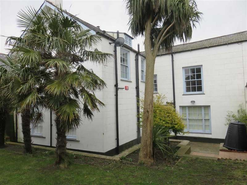 4 Bedrooms Town House for rent in Castle Street, Beaumaris, Anglesey