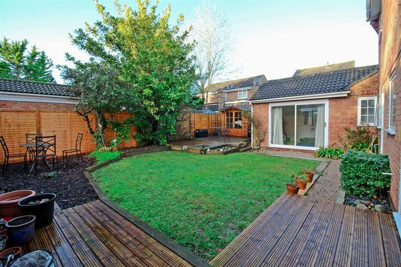 4 Bedrooms Detached House for sale in Eriboll Close, Leighton Buzzard