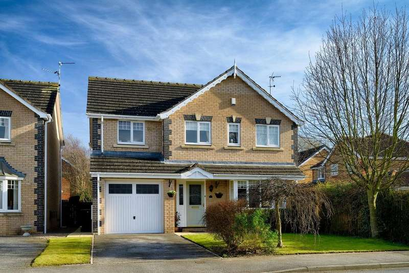 4 Bedrooms Detached House for sale in Lingfield Crescent, Tadcaster Road, York