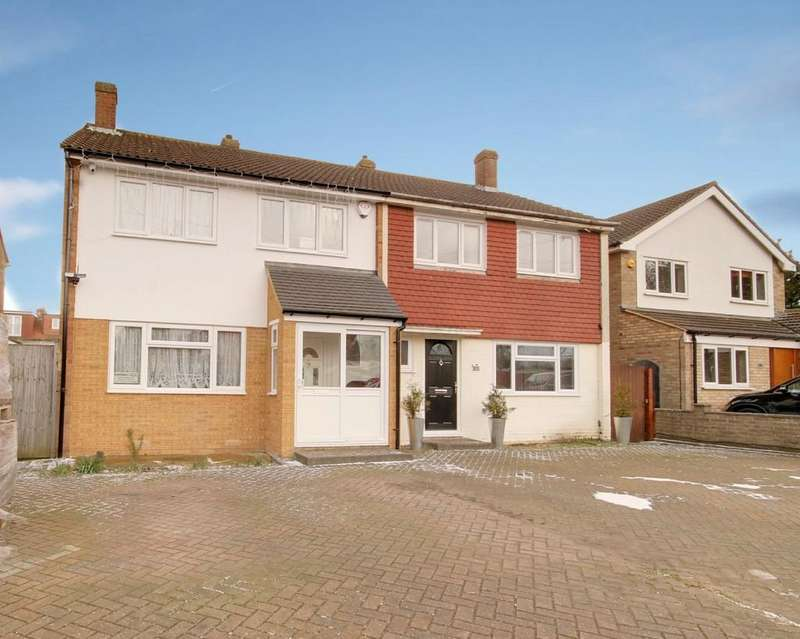 3 Bedrooms Semi Detached House for sale in Herongate Road, Cheshunt